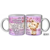 (B351) Egy nagymama szívében – Mamáknak Bögre – Mamáknak ajándék